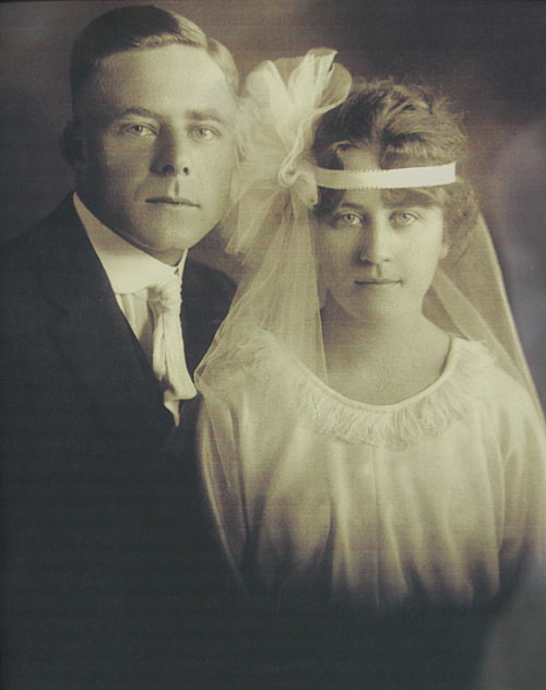 Grandma Eva, the founder of Becker's Bridal, and her husband Frank.